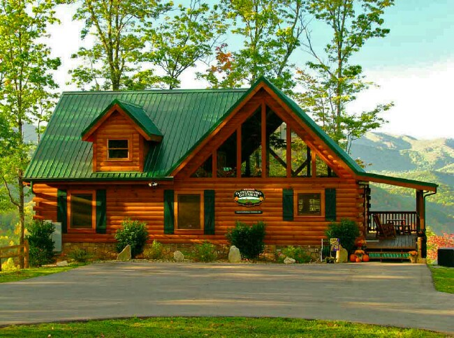 gatlinburg tennessee in mountain creekside log cabin cabins cozy